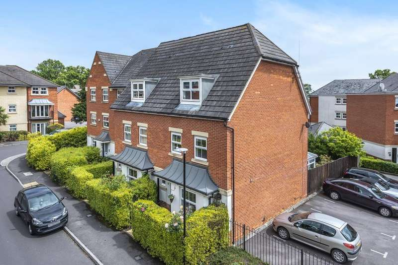 4 Bedrooms House for sale in Greenwich Road, Shinfield, Reading, RG2