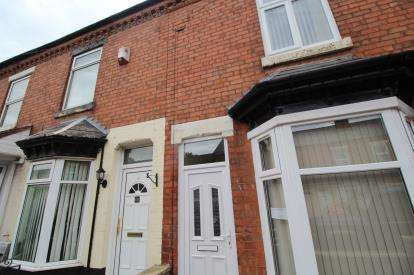 2 Bedrooms Terraced House for sale in Gilbert Road, Smethwick, West Midlands