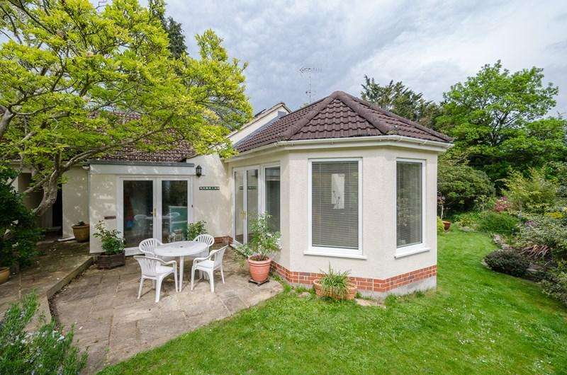 3 Bedrooms Detached Bungalow for sale in The Glen, Saltford, Bristol