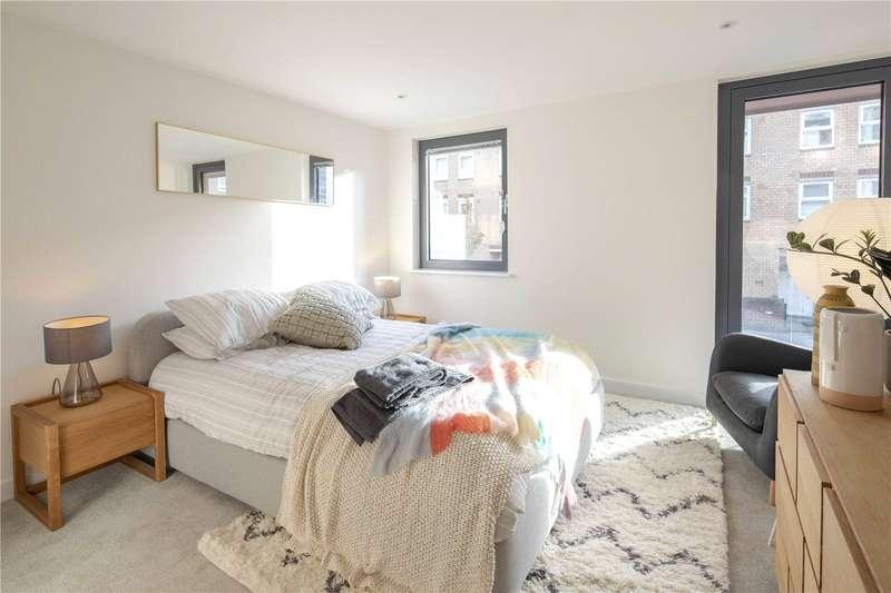 4 Bedrooms Flat for sale in Dalston Lane Terrace, Dalston Lane, E8