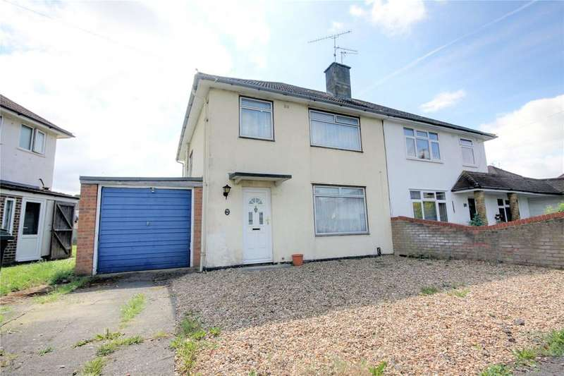 3 Bedrooms Semi Detached House for sale in Foxhays Road, Reading, Berkshire, RG2
