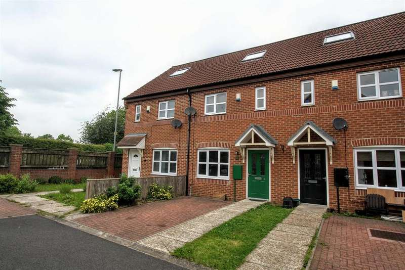 3 Bedrooms Town House for rent in Church Grove, Darlington