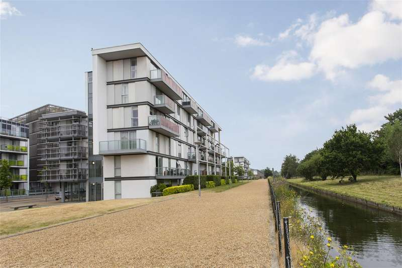 2 Bedrooms Apartment Flat for sale in Fyfe House, New River Village, Hornsey, N8