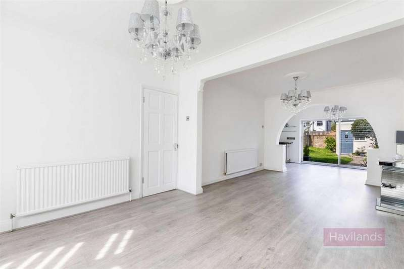3 Bedrooms Semi Detached House for sale in New Park Avenue, Palmers Green
