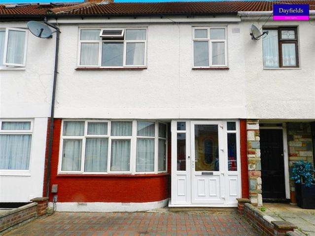 3 Bedrooms Terraced House for sale in New Park Avenue, Palmers Green, London