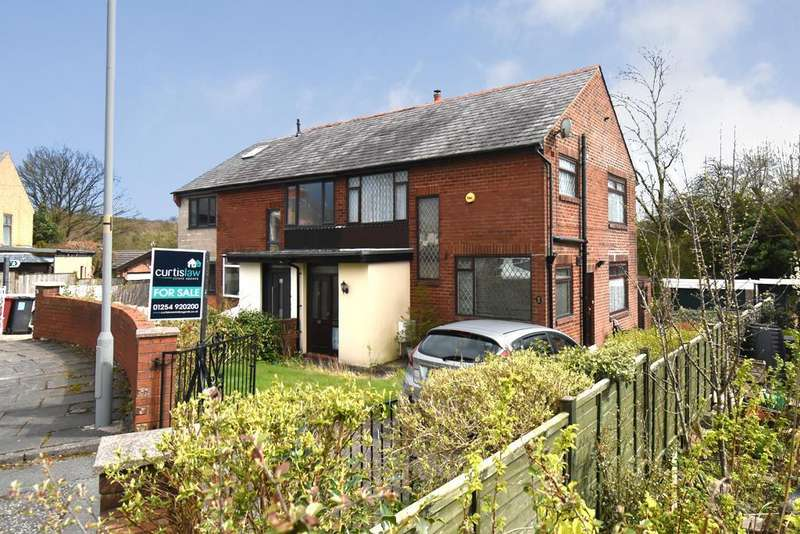 2 Bedrooms Semi Detached House for sale in Walden Road, Ramsgreave