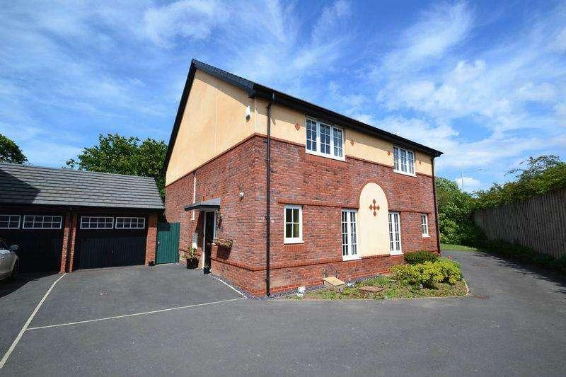 3 Bedrooms Semi Detached House for sale in Jubilee Road, Walmer Bridge, Preston