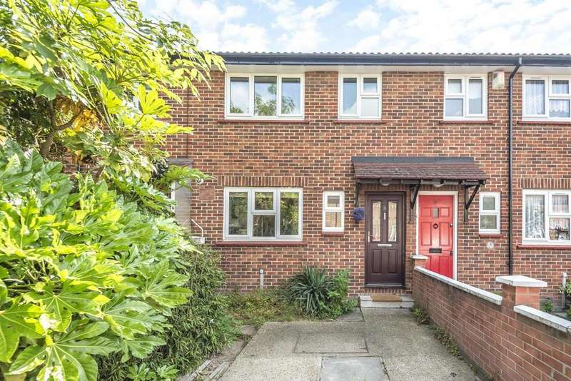 3 Bedrooms Terraced House for sale in Bramcote Grove, South Bermondsey