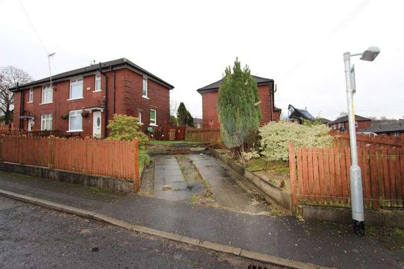 3 Bedrooms Semi Detached House for rent in Darlington Road, Queensway, Rochdale