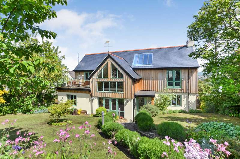 3 Bedrooms Detached House for sale in Rodborough Common, Stroud, Gloucestershire