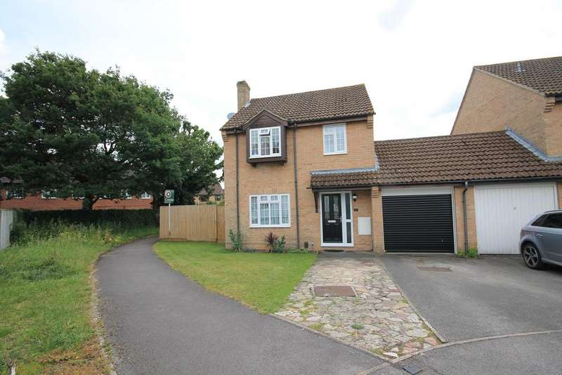 3 Bedrooms Link Detached House for sale in Golding Close, Thatcham, RG19