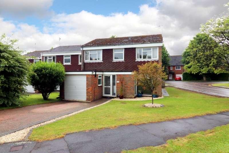 4 Bedrooms Link Detached House for sale in Devonshire Close, Amersham, HP6