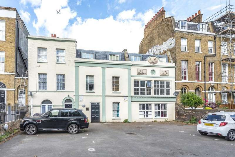 2 Bedrooms Flat for sale in Camberwell Road, Camberwell