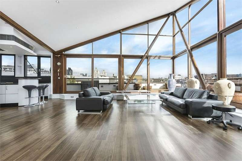 3 Bedrooms Flat for sale in The Triangle, Three Oak Lane, London