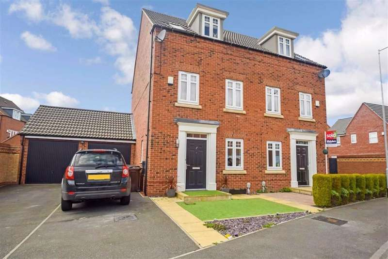 4 Bedrooms Semi Detached House for sale in Ravensbury Park, Kingswood, Hull, HU7