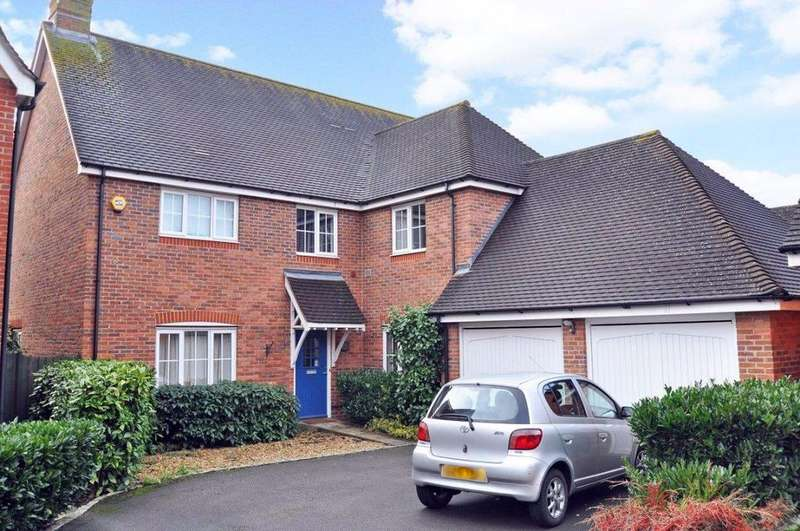 5 Bedrooms Detached House for rent in Barley Mead, Cox Green