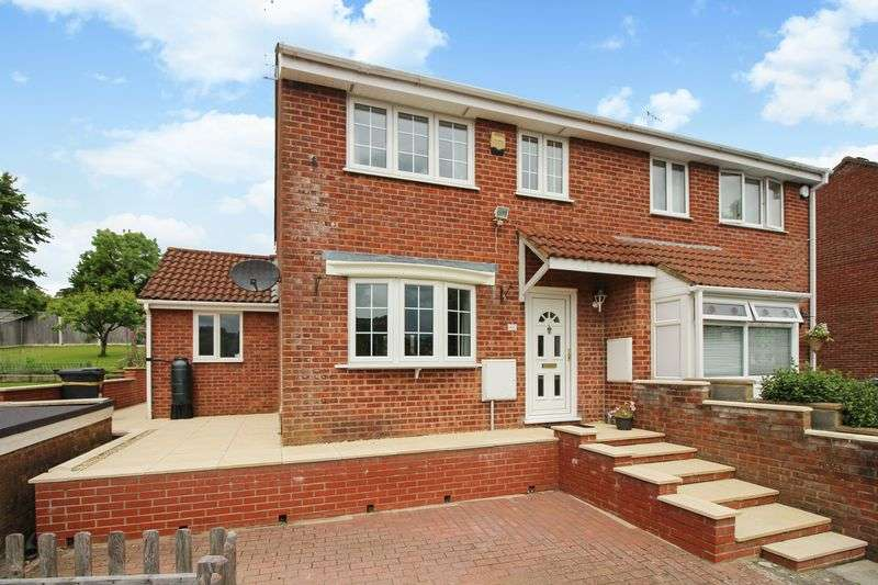 3 Bedrooms Property for sale in The Ridings, Bristol