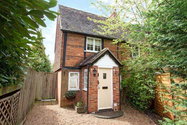 3 Bedrooms House for sale in Burchetts Green Road, Maidenhead, SL6