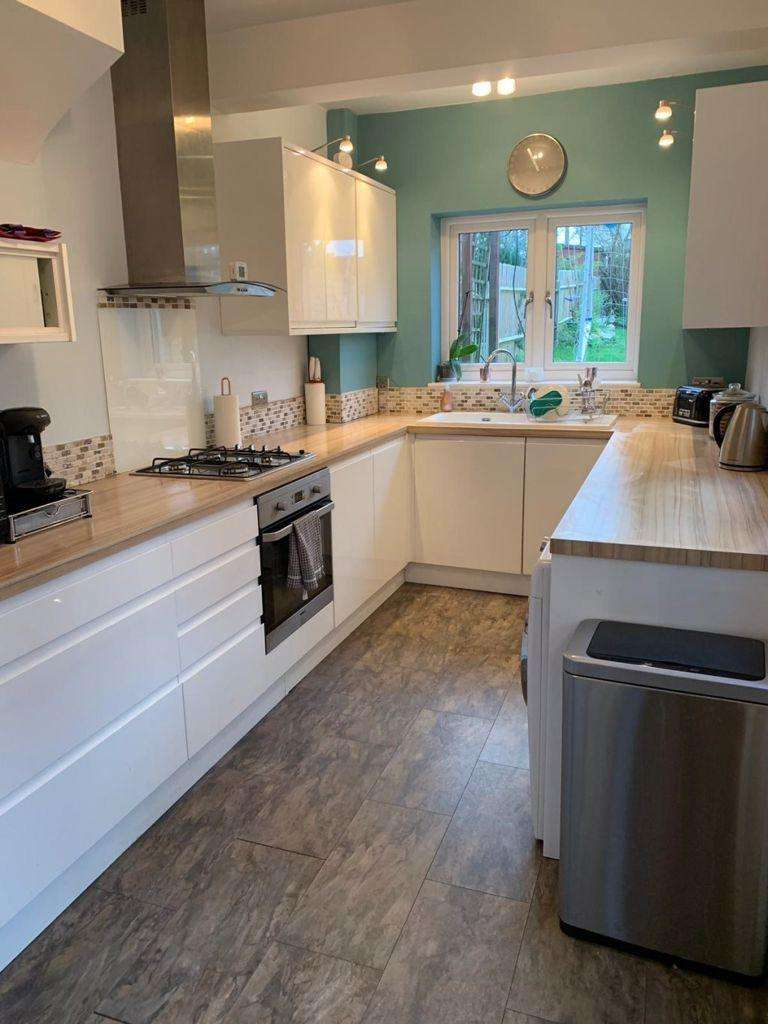 2 Bedrooms House for rent in Honey Lane, Waltham Abbey