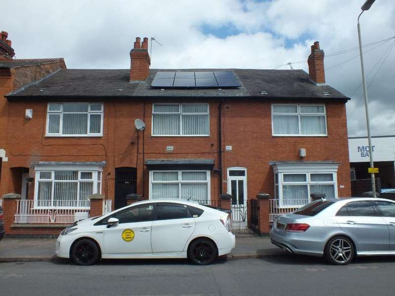3 Bedrooms Terraced House for sale in Gwendolen Road, Leicester, LE5 5FE