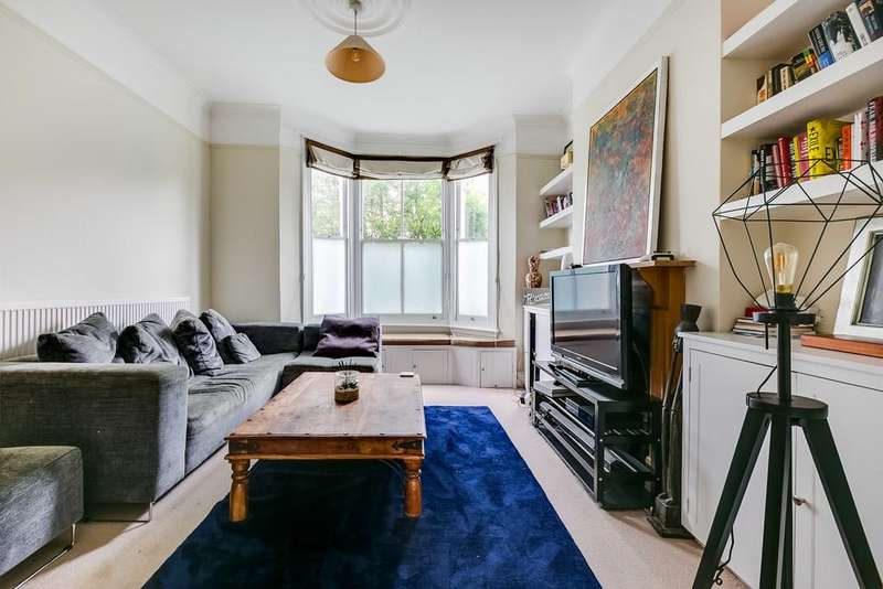 4 Bedrooms Terraced House for sale in Cavendish Road, London SW12