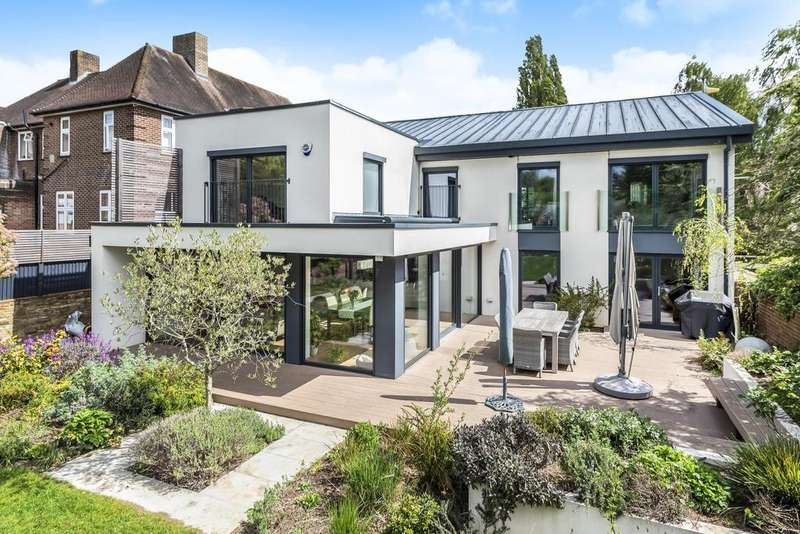 5 Bedrooms Detached House for sale in Westbury Road, Bromley