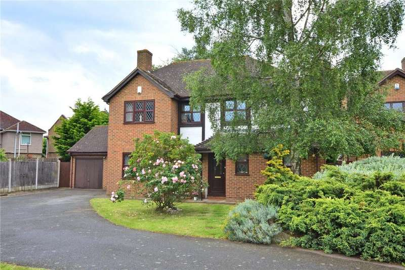 5 Bedrooms Detached House for sale in Silverdale Drive, London, SE9