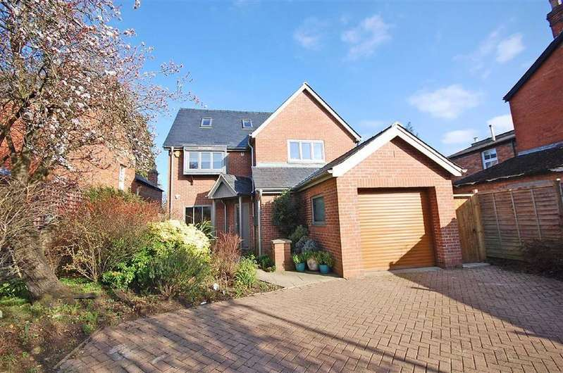 4 Bedrooms Detached House for sale in Cirencester Road, Charlton Kings, Cheltenham, GL53