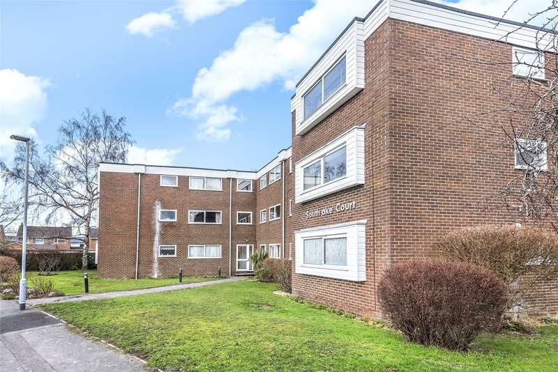 2 Bedrooms Apartment Flat for sale in Southlake Court, Woodley, Reading, Berkshire, RG5