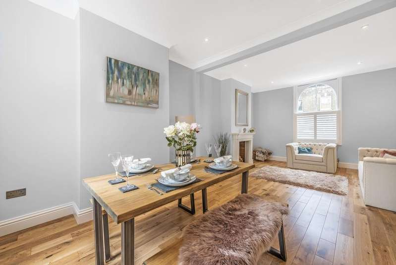 3 Bedrooms Terraced House for sale in Simms Road Bermondsey SE1