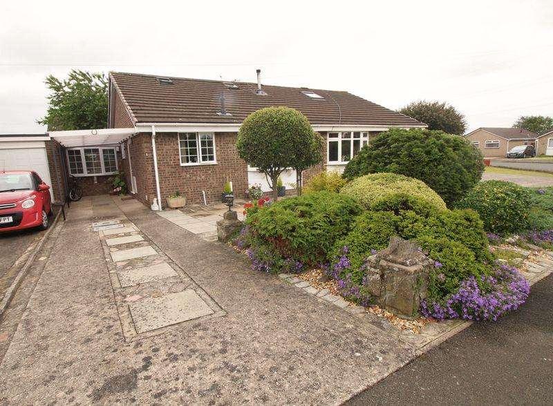 3 Bedrooms Bungalow for sale in Blackbird Road, Caldicot