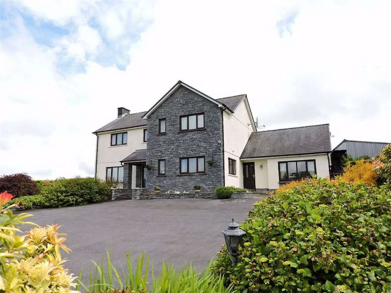 4 Bedrooms Property for sale in Rhos, Llandysul
