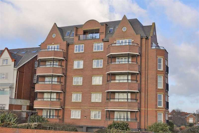 2 Bedrooms Penthouse Flat for sale in Windward House, 73 South Promenade, St Annes
