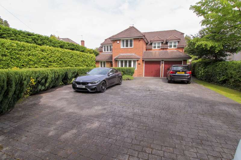5 Bedrooms Detached House for sale in GROVE LANE, Cheadle Hulme / Bramhall Border