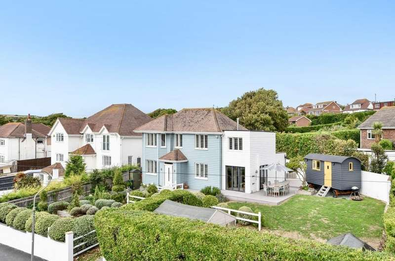 4 Bedrooms Detached House for sale in Ainsworth Avenue, Ovingdean, East Sussex, BN2
