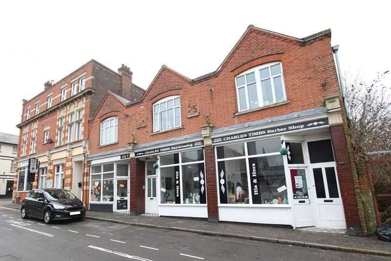 3 Bedrooms Commercial Property for sale in Mill Lane, Walton on the Naze