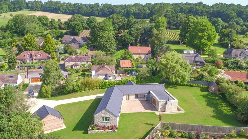 5 Bedrooms Detached House for sale in Snow Hill, Dinton, Salisbury, Wiltshire, SP3