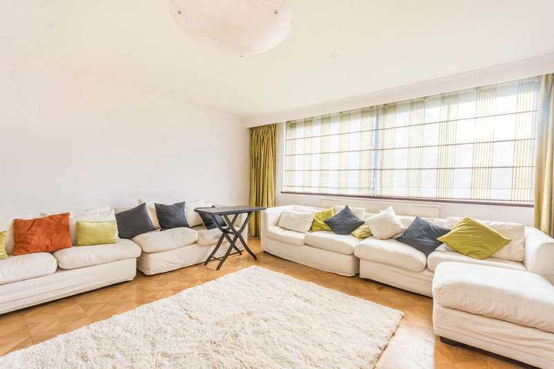 3 Bedrooms Flat for sale in The Quadrangle, Hyde Park Estate, W2