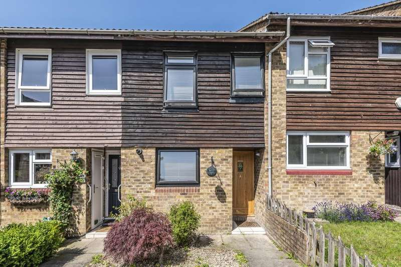 3 Bedrooms House for sale in Hillberry, Bracknell, Berkshire, RG12