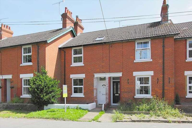 3 Bedrooms Terraced House for sale in Red Villas, Shipton Bellinger