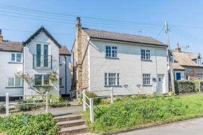3 Bedrooms Cottage House for sale in Little Abington, Cambridge