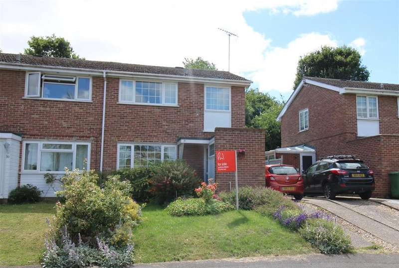3 Bedrooms Semi Detached House for sale in Primrose Close, Purley On Thames