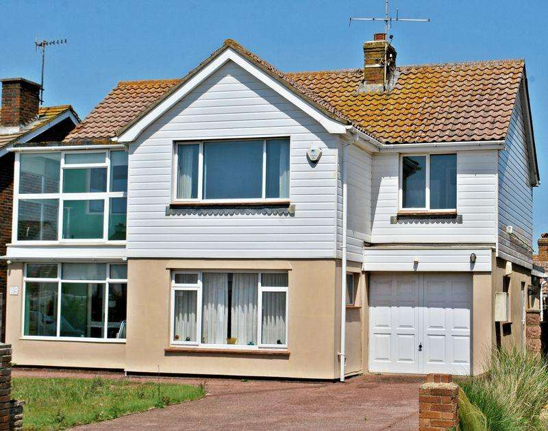 4 Bedrooms Detached House for sale in Old Fort Road, Shoreham-By-Sea