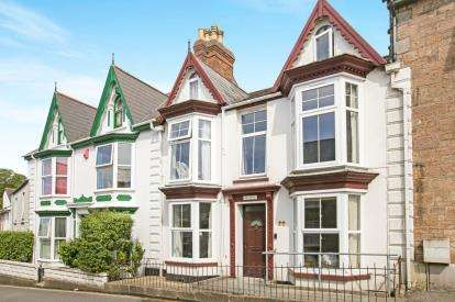 5 Bedrooms Terraced House for sale in Camborne, Cornwall