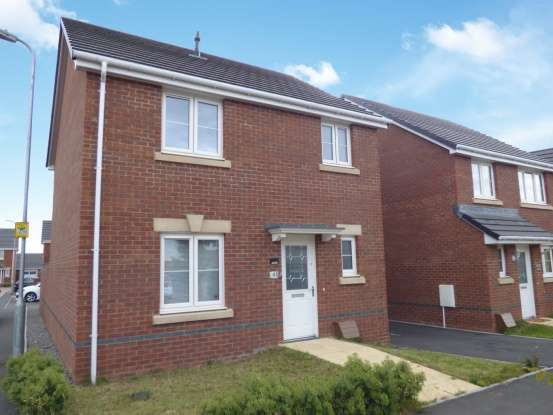 3 Bedrooms Detached House for sale in Monmouth Castle Drive, Newport, Gwent, NP20 2QB