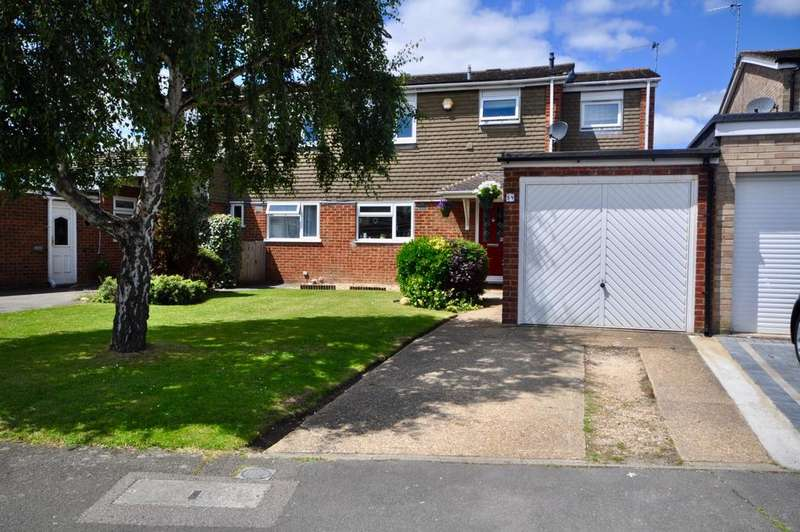 4 Bedrooms Semi Detached House for sale in Redwood Avenue, Woodley, Reading, RG5 4DS