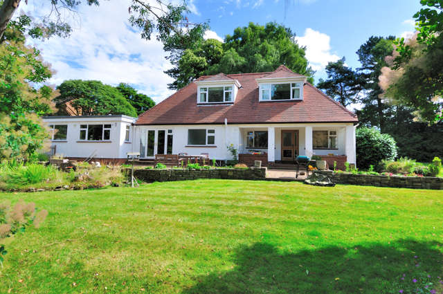 6 Bedrooms Detached House for sale in Towers Road, Poynton, Stockport, Cheshire, SK12 1DD