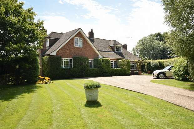 4 Bedrooms Detached House for sale in Carbery Cottage, Tonbridge Road, Bough Beech, Kent
