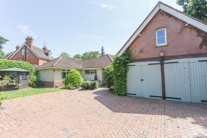 2 Bedrooms Bungalow for sale in UNIQUE OPPORTUNITY. RAVENSDALE ROAD, SOUTH ASCOT, SL5 9HL