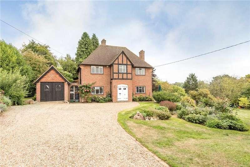 3 Bedrooms Detached House for sale in Ballinger Road, Lee Common, Great Missenden, Buckinghamshire, HP16